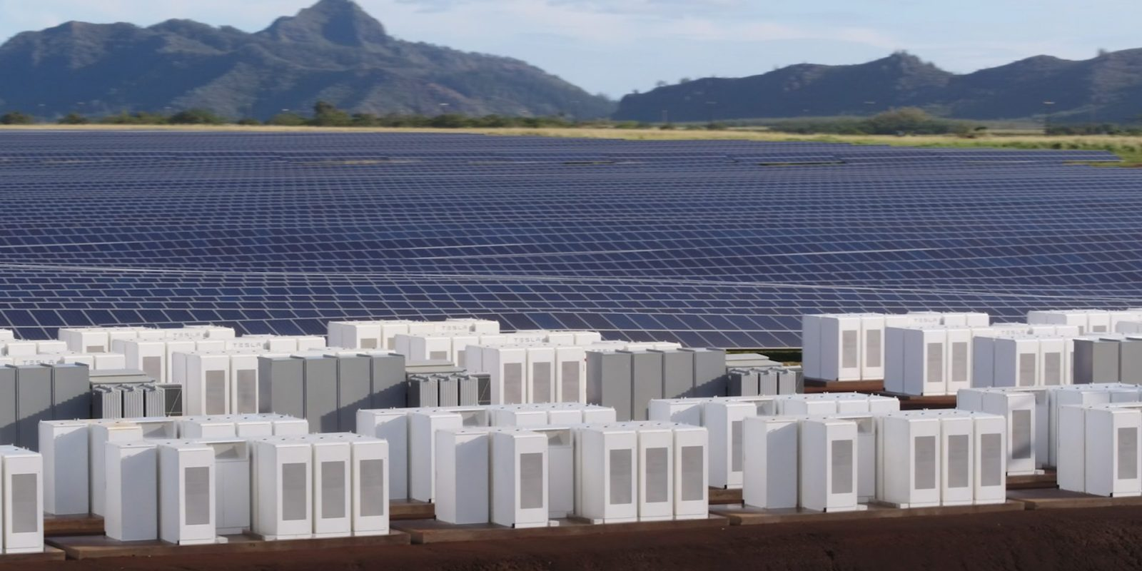 Tesla Delivers the World's Largest Battery One Month Ahead of Schedule