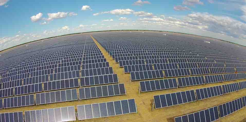 An 11-MW Solar Farm in Queensland is Using Innovative Modular Technology